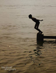 Ganga Snaan - Varanasi by trivediisha