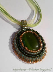 Green - bead embroidery?!