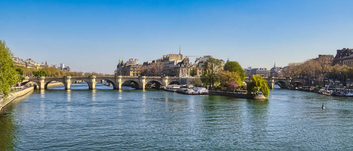 Paris - Old is New - Spring '21
