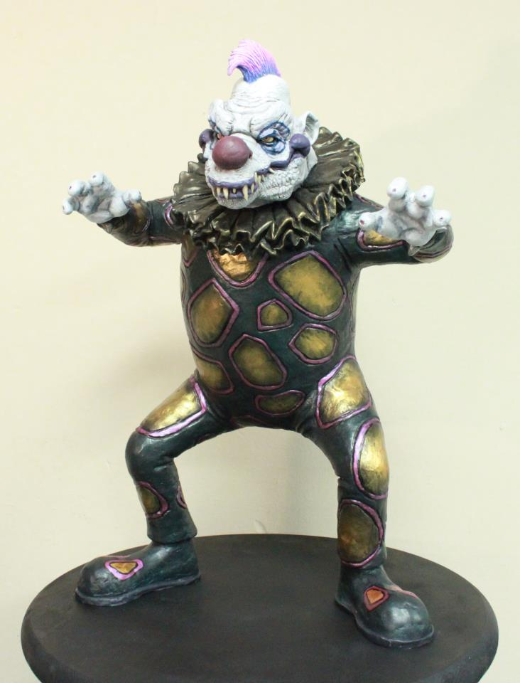 klownzilla_maquette_1_by_blade_of_the_moon-d4m87vf.jpg