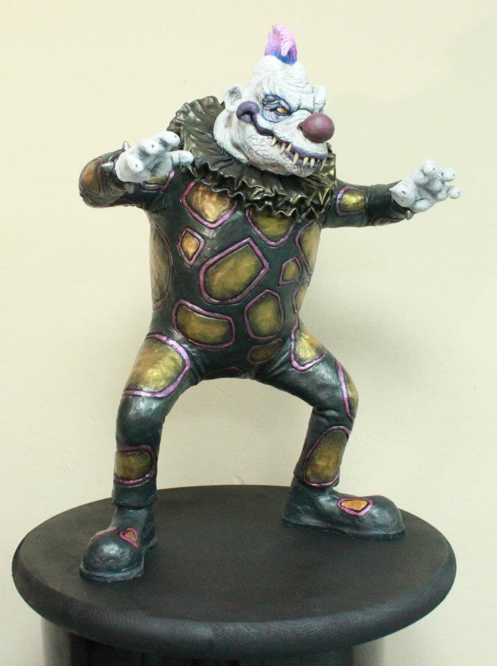 klownzilla_maquette_6_by_blade_of_the_moon-d4m8cnt.jpg
