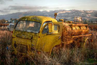 Rusty Yellow Truck by RyanVoss