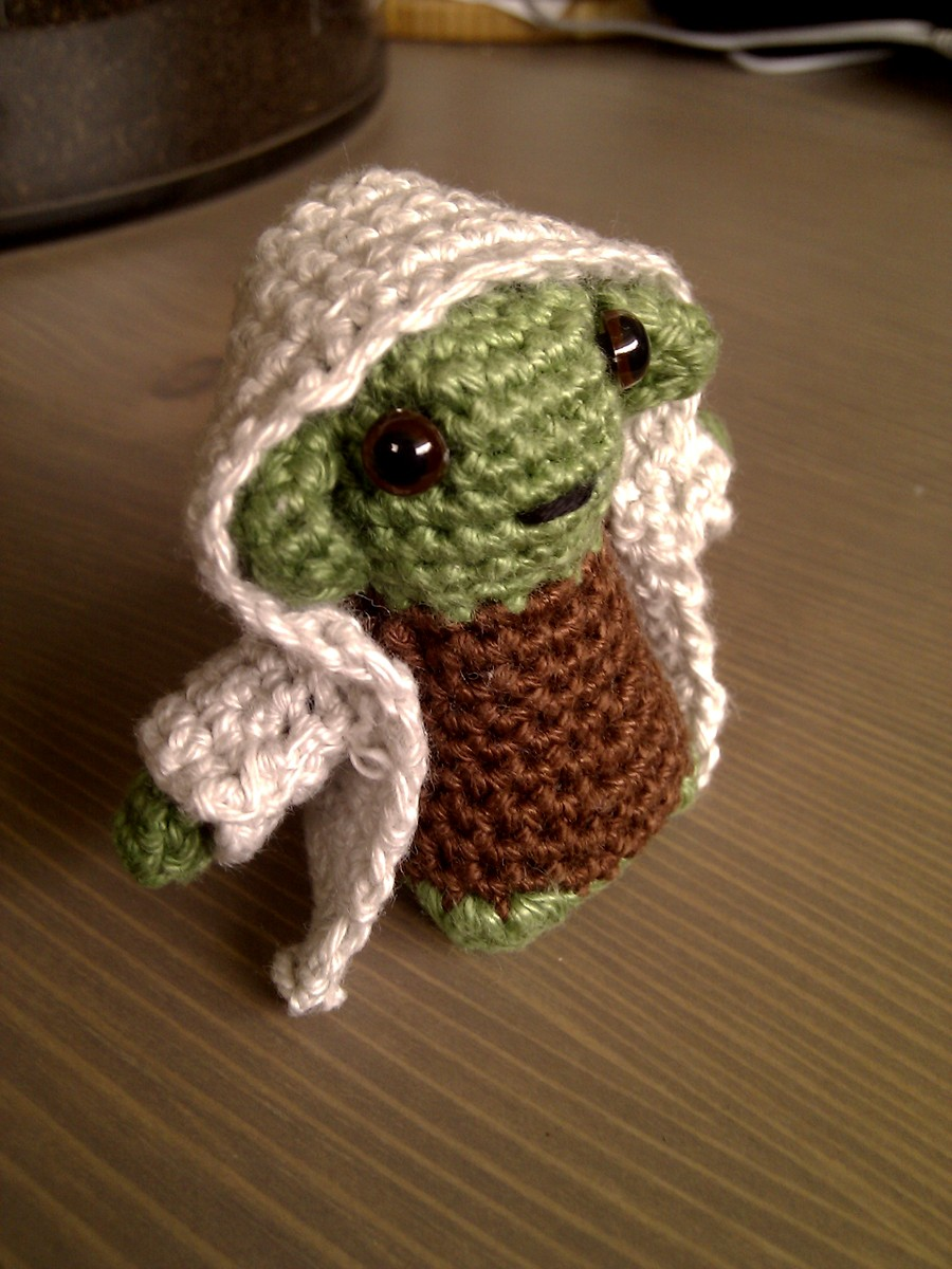 Yoda amigurumi by Sandien on deviantART