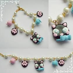 Cat Lady bracelet by Galadriel89