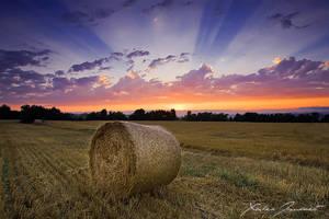 An evening in Drome by XavierJamonet