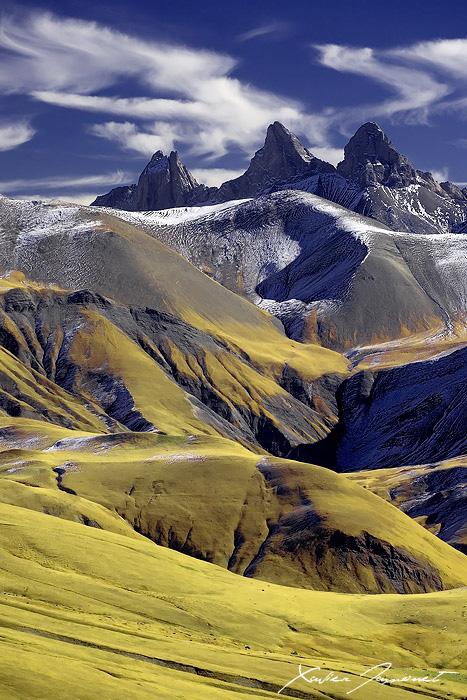 Arves peak by XavierJamonet