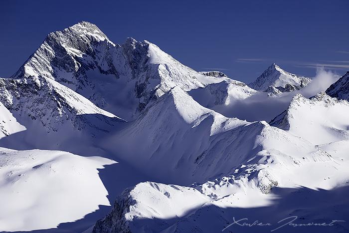 Echelles Summit by XavierJamonet