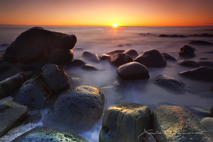 Midnight Sun by XavierJamonet