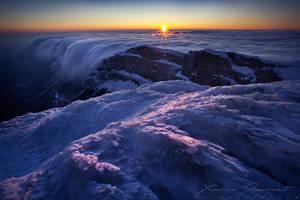 Winter sunset by XavierJamonet