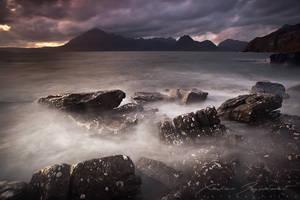 Tides of Darkness by XavierJamonet