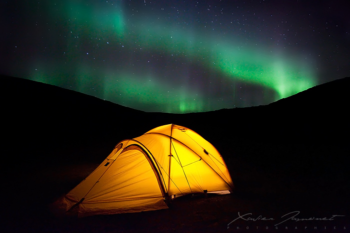 A night under Northern Lights by XavierJamonet