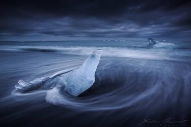 Frozen ridge by XavierJamonet