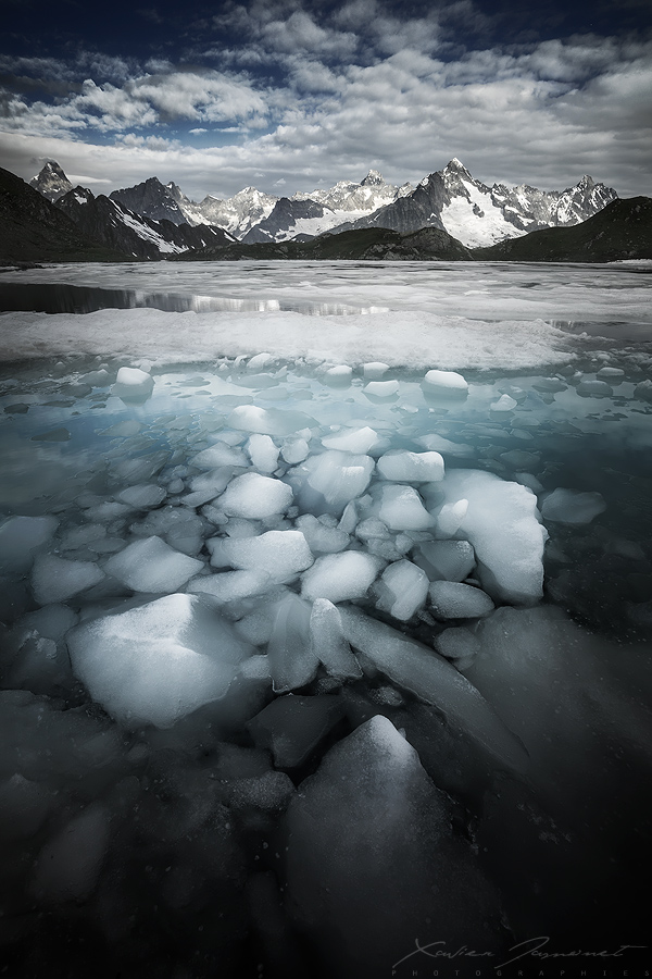 The sunken ice by XavierJamonet