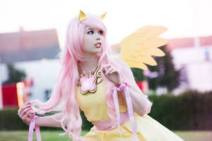 Fluttershy Cosplay - My little Pony by TineMarieRiis