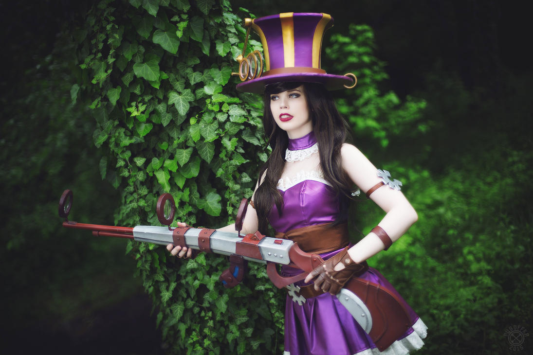 Caitlyn Cosplay League of Legends by KawaiiTine