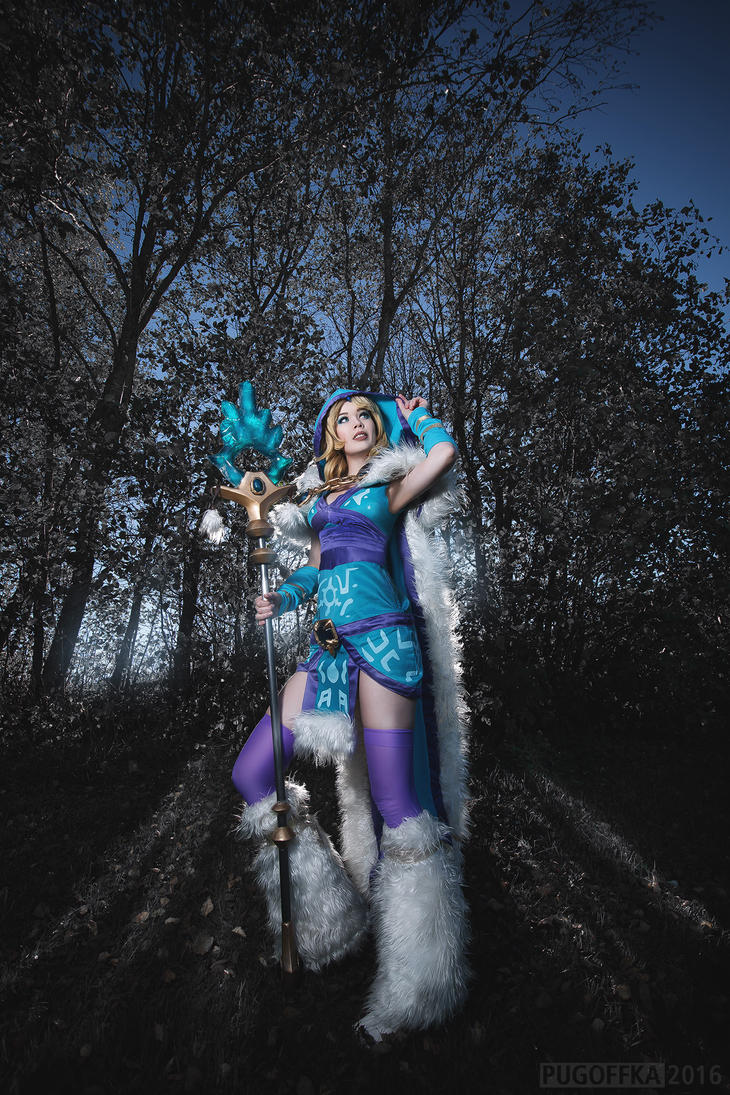 Who calls the Crystal Maiden? by TineMarieRiis
