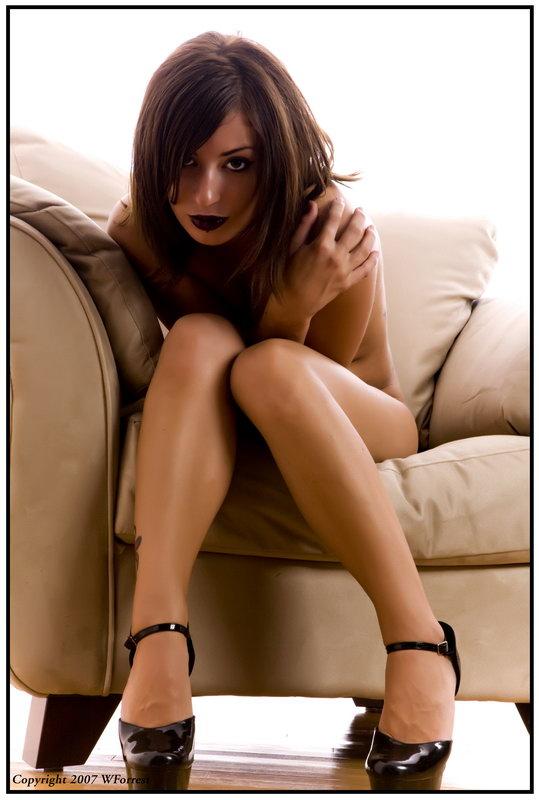 Izrazite svoja osecanja slikom - Page 2 Chair_by_xoxjade