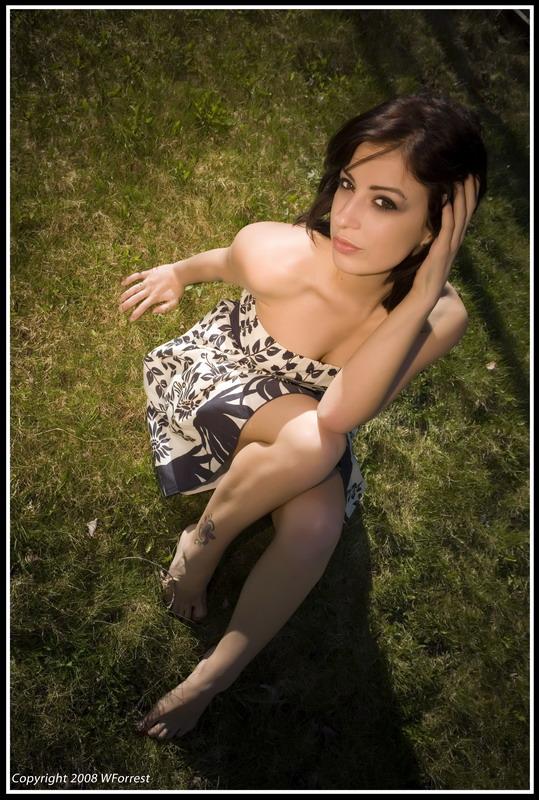 Izrazite svoja osecanja slikom - Page 2 Alice_in_wondeland___kinda_by_xoxjade
