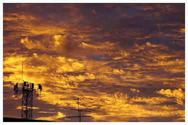 yellow clouds by maxholanda