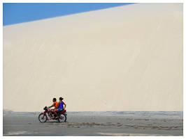 Motocycle and Dunes by maxholanda