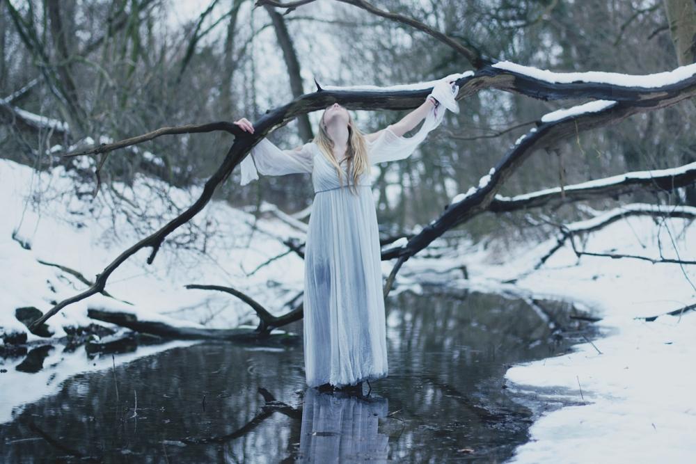 somber light by NikolasBrummer