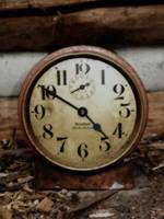 clock by Mind-Illusi0nZ-Stock