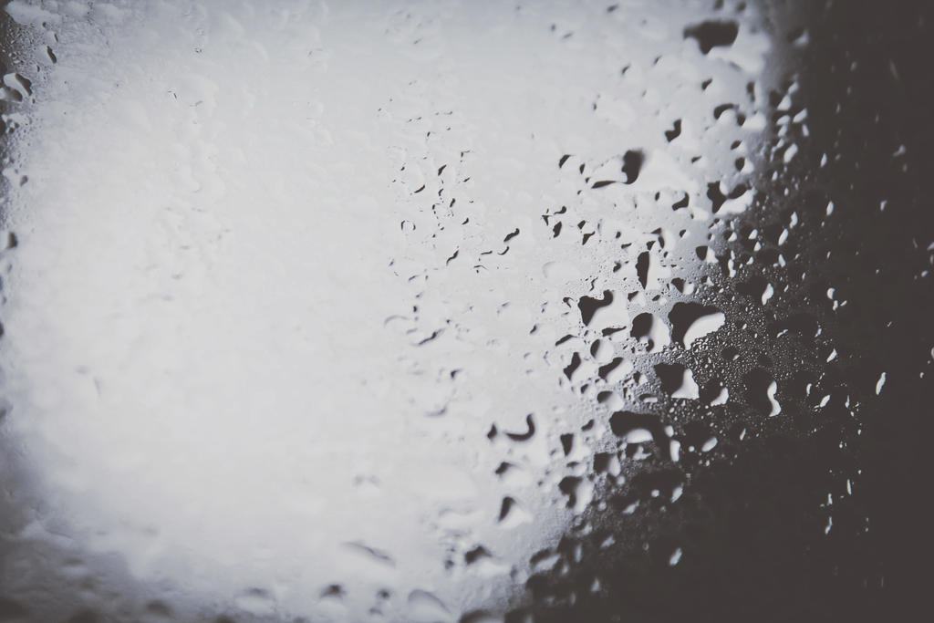 Rainy cold day by FernandaPino