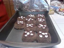 Mini 'Portal' Cakes by XelaVortex