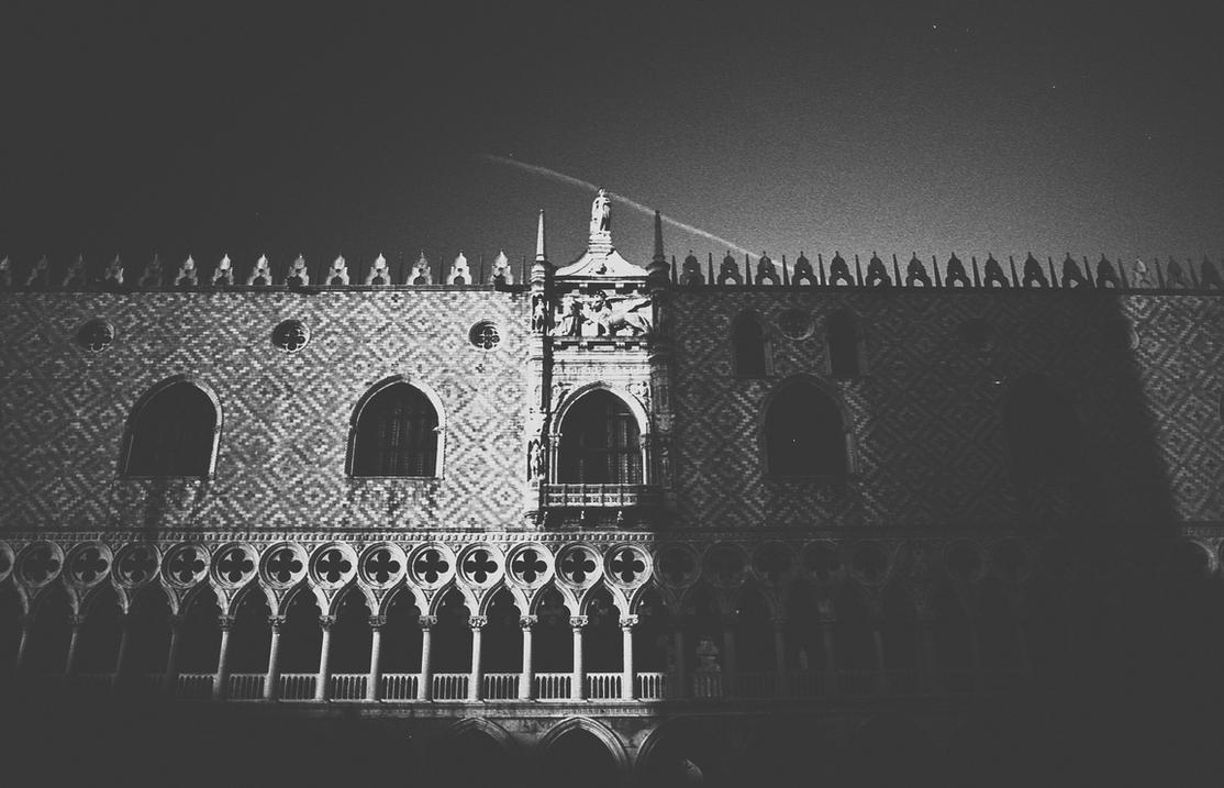 Palazzo Ducale (Ff) by AlexandruCrisan