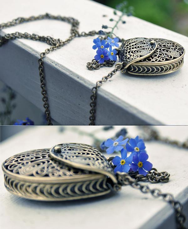 Love-letter  necklace
