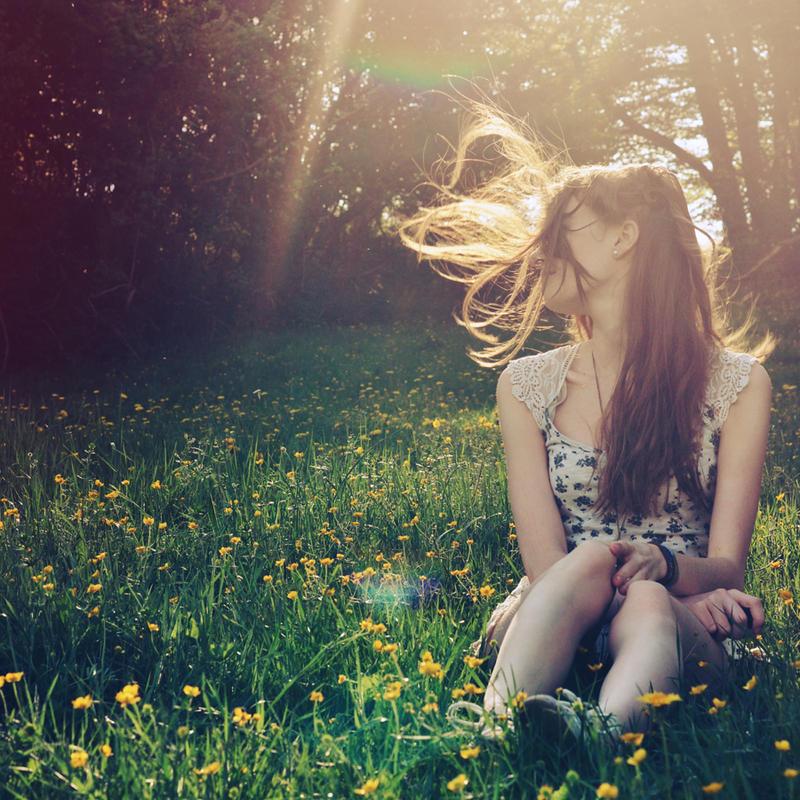 Flying Hair by Holunder