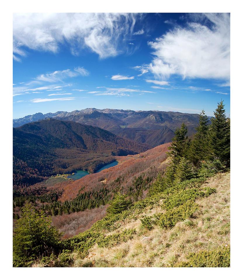 Pogled na Biogradsko jezero by godislove