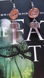 'Read' Earrings