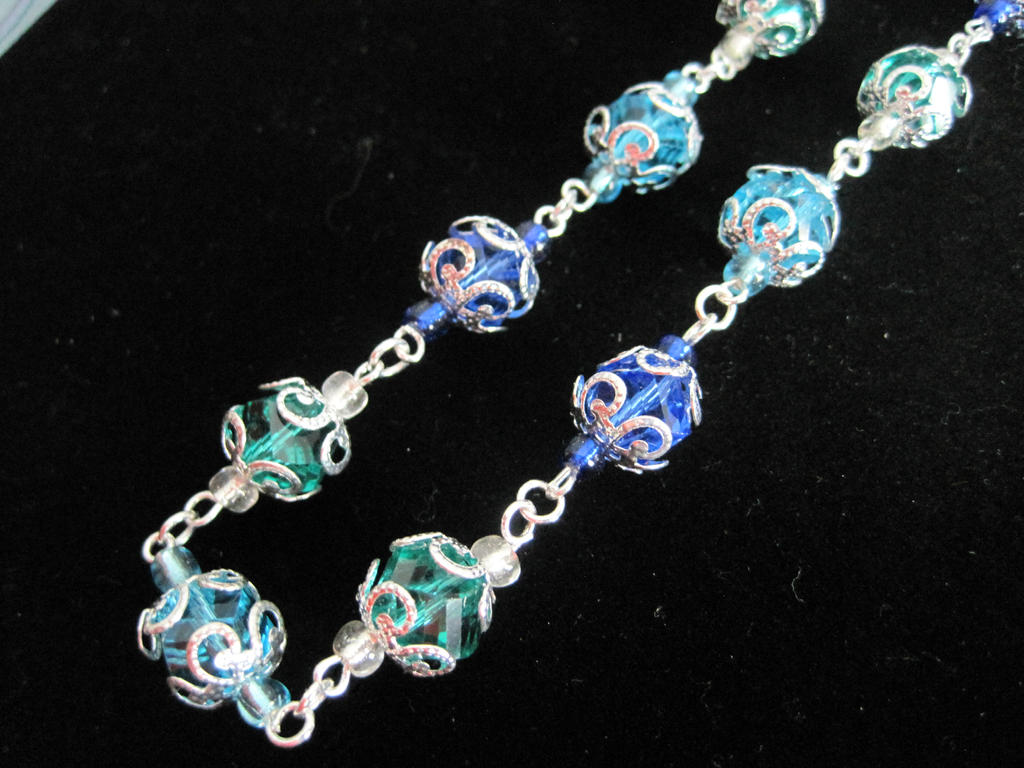 blue and green beaded necklace by shadowowljewelry on