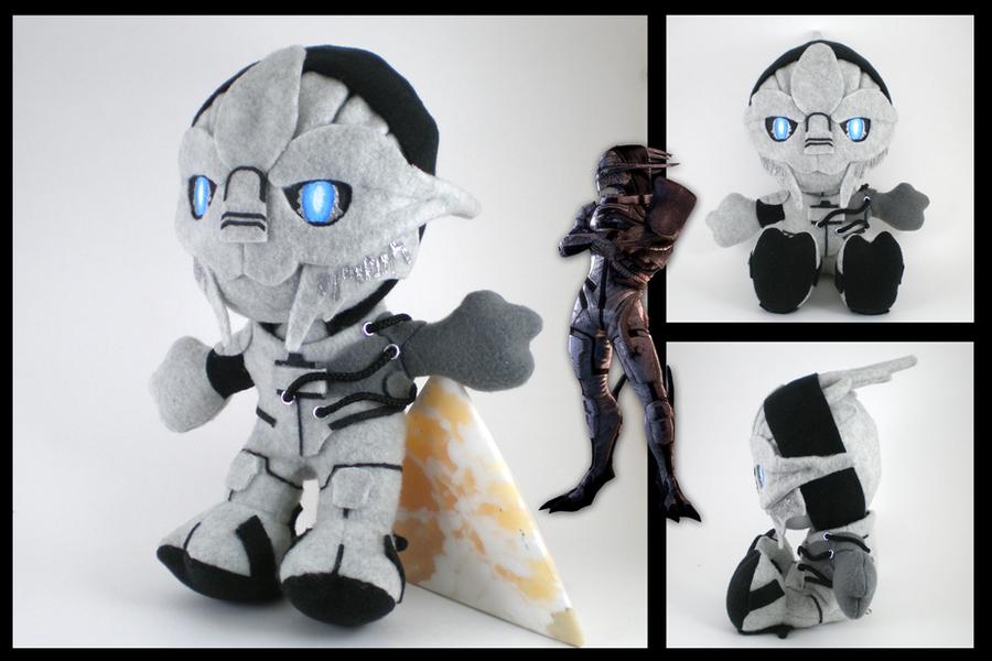 Mass Effect - Saren plushie by eitanya