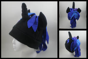 Dark unicorn pony hat by eitanya