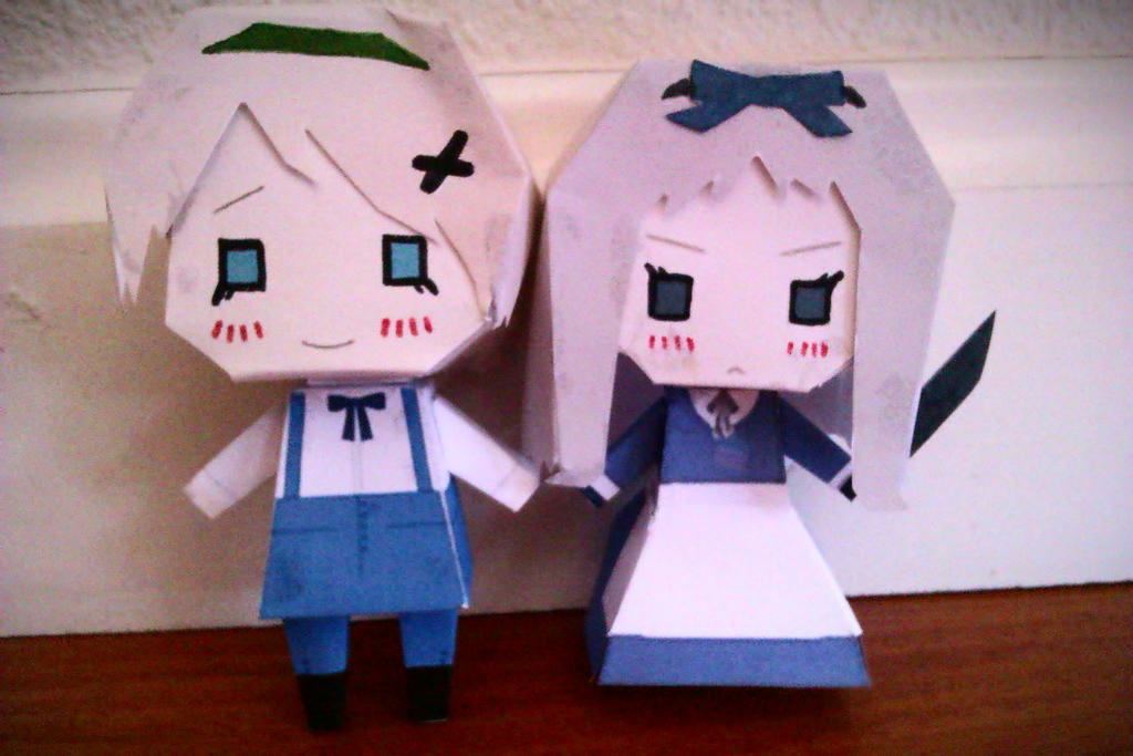 Two sisters, Ukraine and Belarus, by me~Papercraft by LadyEdile