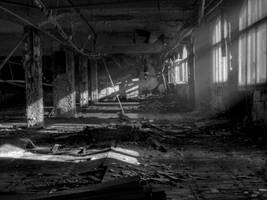 light-in-the-old-hall by liebeSuse