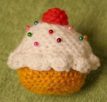 Crochet Cupcake by ranmaownsme