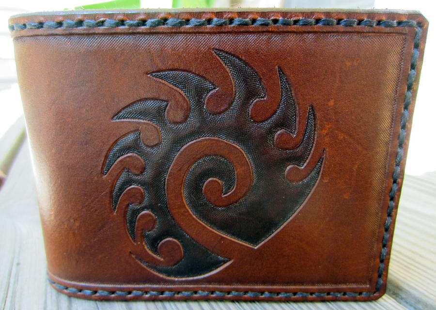 Starcraft Zerg Symbol Leather Wallet close up by Kaje202