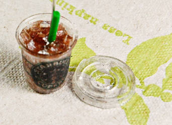 starbucks iced cup by luckymarias