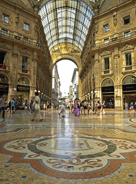 Milan -Victor Emmanuel Passage by AgiVega