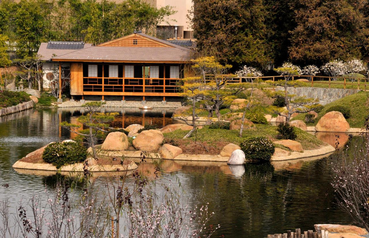Japanese Tea House by AndySerrano on DeviantArt
