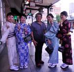 Andy with Yukata Girls in Kyoto