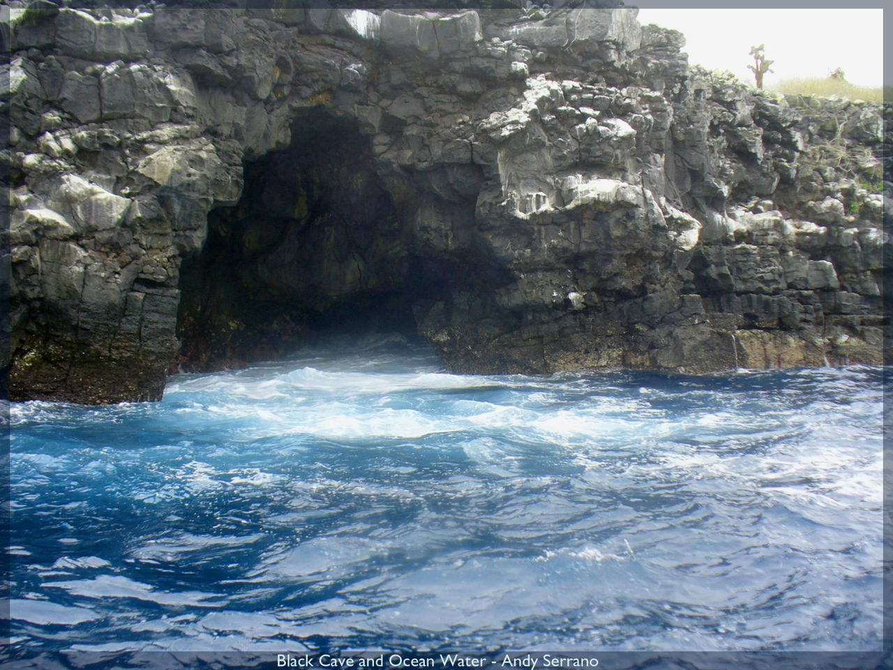 Black_Cave_and_Ocean_Water_by_AndySerrano.jpg