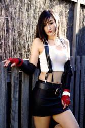 Final Fantasy 7: Tifa cosplay by AprilRii