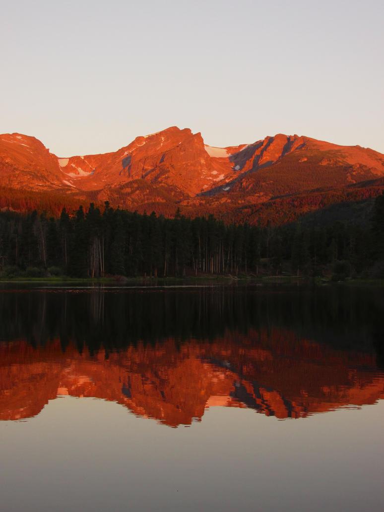 Sprague Lake Sunrise by lilfixit