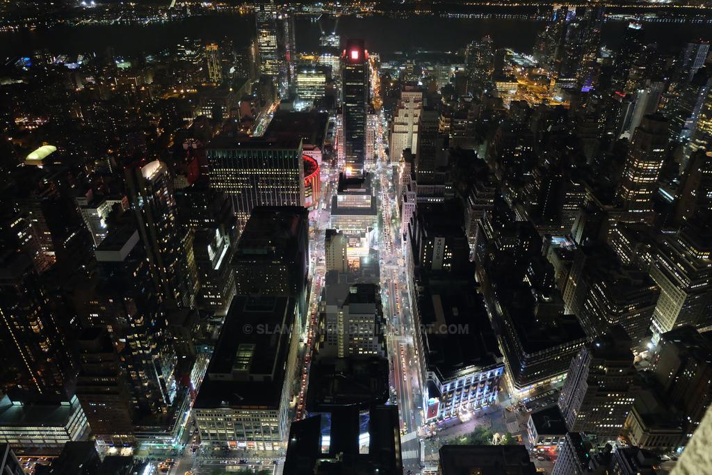 Overlooking NYC by SlamDunkin