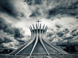Catedral Metropolitana de Brasilia by thedeiwz