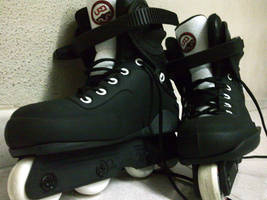 Aggresive Inline Skates by Supanex